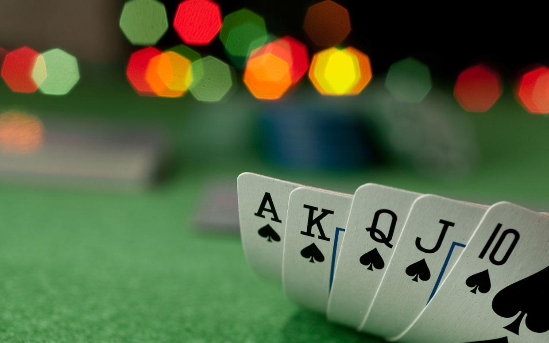 Bagaimana memainkan permainan poker