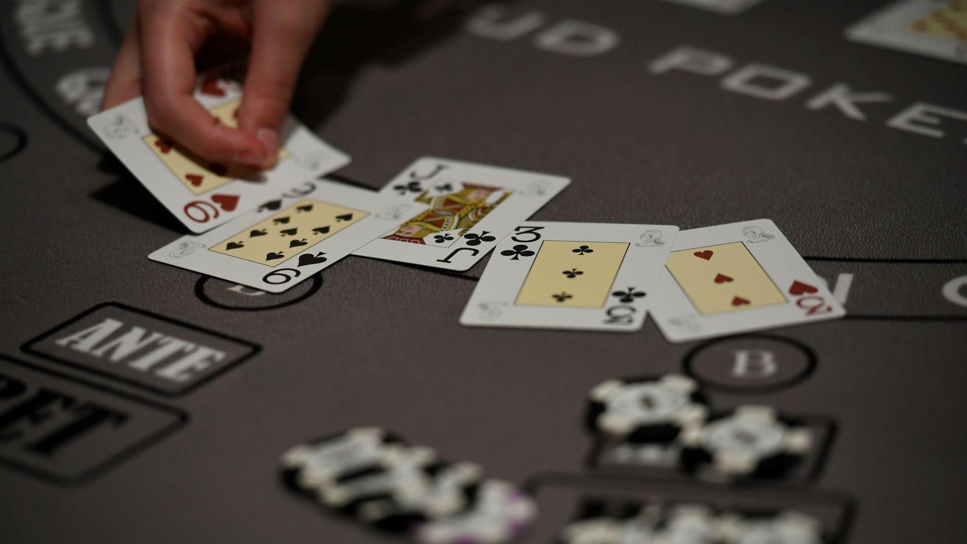 Bermain Poker Untuk Hidup